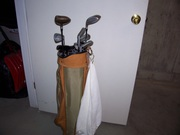 Knight golf clubs with bag